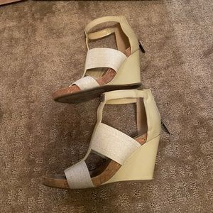 BCBGeneration PL Barlee Wedges